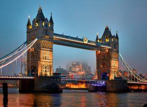 Night view of Tower Bridge in London, United Kingdom